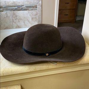 Tory Burch wide brim felt hat